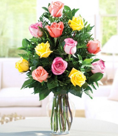 R-018: One Dozen Assorted Colombian Roses